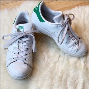 ADIDAS Stan Smith sneakers size 5 white and green